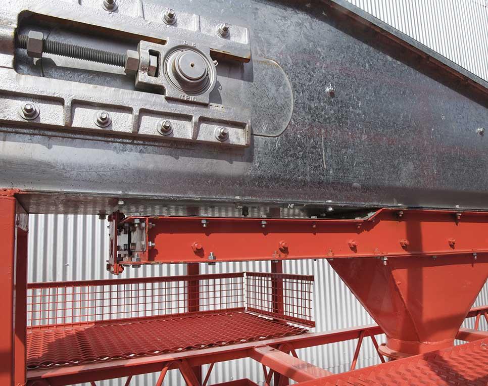 Los cabezales de todos los transportadores a cadena que fabrica Marisa  S.A. 6f0dd6d3915